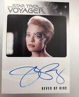 Star Trek Voyager Heroes & Villains Autograph Card Jeri Ryan as Seven of Nine