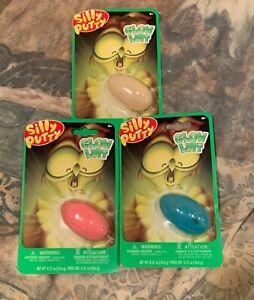 Crayola Fidget Silly Putty Glow Luit   * LOT OF 3 *