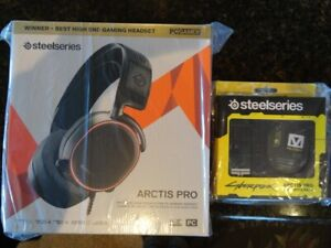 SteelSeries Arctis Pro Wired Gaming Headset AND Militech Artic Pro Booster Pack