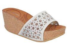 Forever Freya-21 White Sparkle High-Heel Platform Sandals Lady Sz 8. COMES w/BOX