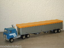 International With Gran Trailer van Ertl 1:64 *6830