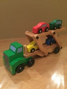 Melissa & Doug 4096 Wooden car carrier with 4 cars