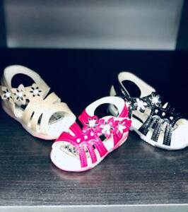 Toddlers/ Infant Girls Sandals Flashing LEDs Sizes 2-7