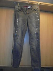 Destroyed-Jeans Nieten, Steinchen grau Gr. 42