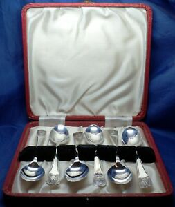 SCARCE PROMOTIONAL BOXED SET OF 6 GEORGE V SOLID SILVER 1935 JUBILEE TEASPOONS