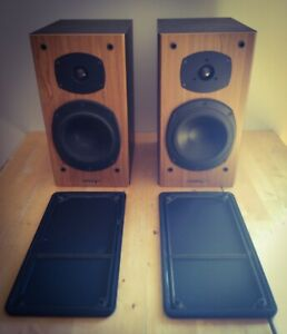 Tannoy Mercury M2 Cherry Speakers in immaculate condition.