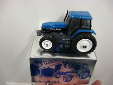 1/43 New Holland 8260 FWD, Toy Farmer show tractor by Ertl, older, New in box