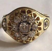 Victorian Cushion Cut Diamond 18ct Gold Enamel Daisy Ring