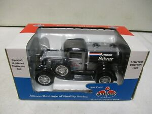Spec Cast Amoco Silver 1929 Ford Model A Tanker Bank