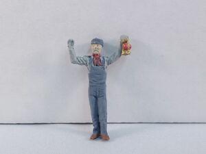 Arttista #1109 - Train Flagman - O Scale Figures People - NEW