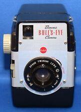 EASTMAN KODAK BROWNIE BULLS-EYE OUTFIT VINTAGE FILM CAMERA TWINDAR Lens USA