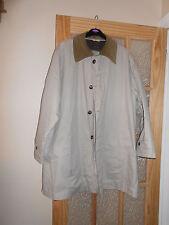 Mans 3/4 Length Hamilton Raincoat with Detacheable Collar