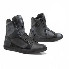 motorcycle boots | Forma Hyper black urban street city waterproof riding gear