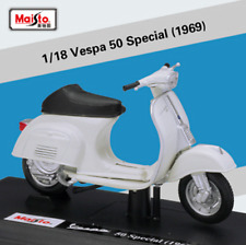 Maisto 1:18 Vespa 50 Special 1969 Diecast Motorcycle Scooter Model Toy New