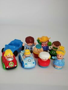Lot of 9 Fisher Price Little People Figures and Cars