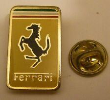 Pins FERRARI modele 1