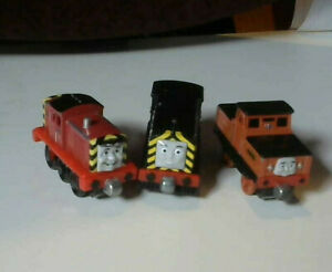 ) Thomas The Tank Engine Diecast Magnetic Engines:Salty/Maisy/Stafford