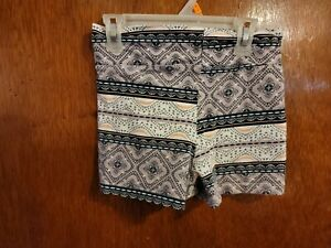 Charlotte russe Shorts (M)