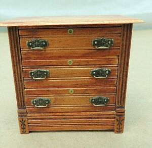 VINTAGE DOLLHOUSE CHEST OF DRAWERS