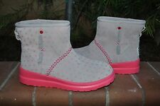 UGG Women's I Heart Kisses Mini Grey Pink Boot Size US 8      1006210