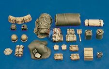 Royal Model 1/35 US Army Tank Equipment, Stowage and Accessories Set WWII 212