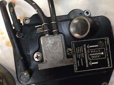 pompe a essence  pour 9.9 a yamaha 4tps ou mercury  ancien model