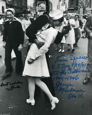 """The Kiss V-J Day in Times Square WWII Reprint Signed 11x14"""" Poster Photo RP"""