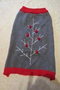 NEW, MARTHA STEWART GREY WT DARK RED TRIM & TREE DESIGN DOGGIE SWEATER SZ LG