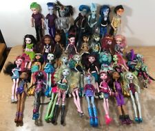 Large Lot of 32 Monster High Dolls 7 Boys Dressed with Shoes