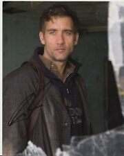 Photograph signed by actor ~ Clive Owen