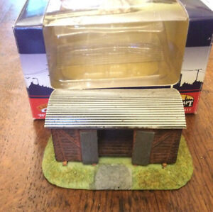 BACHMANN OO GAUGE SCENECRAFT GROUNDED VAN BODY   CAT No 44-511 BOXED USED VGC