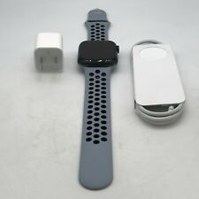 Apple Watch SE (GPS) Gray Nike Sport 44mm w/ Gray Nike Sport Excellent Condition