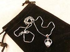 Cristalli austriaci 18K Bianco Oro Placcato Cristallo chiaro all' interno di un cuore collana