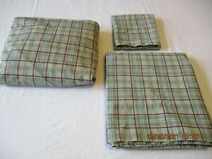 Martha Stewart Twin Sheet Set ~Flat, Fitted and Pillow Case~ Green and Red Plaid
