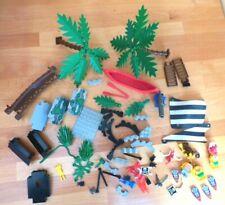 LEGO -  Sails minifigures monkey & other parts from set 6278 Enchanted Island