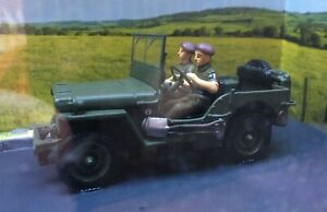 1/43 Willys Jeep with driver and passenger