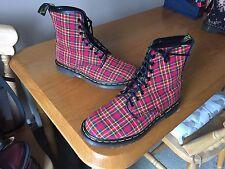 VINTAGE Dr Martens 1460 Stivali Tessuto Tartan Rosso UK 7 EU 41 Inghilterra Pelle Punk