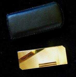 Ancien briquet à gaz Pierre CARDIN France - Rechargeable - Métal doré