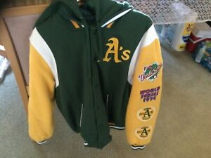 vintage oakland A 9th time champion, world champion jacket only worn 1 time, med