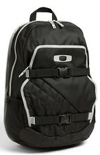 Oakley Streetman Backpack Skate Pack 2.0 laptop Bag NEW
