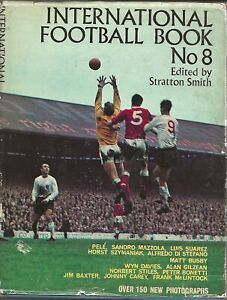 INTERNATIONAL FOOTBALL BOOK NUMBER 8 1966 ~ FOOTBALL ANNUAL