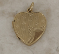 Vintage Heart Locket Pendant 9ct Yellow Gold