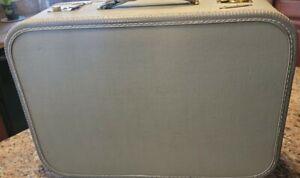 Luggage Vintage Carilite 18 × 6 USA