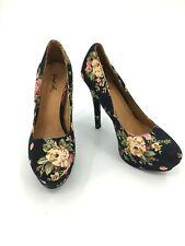 Women's Quipid Stiletto Size 6.5  Heel Shoe Fabric