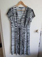 BASQUE   size  14 - 16   Lovely slinky Black White MID CALF Dress