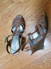 MERONA WOMEN'S BROWN LEATHER WEDGE SANDALS SIZE 6M