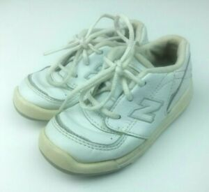 New Balance Kids Toddler Size 7 Sneakers Shoes White Leather Lace Up KX502WSI