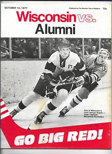 October 15 1977 WISCONSIN vs ALUMNI College Hockey Program (JS)