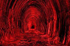 Incorniciato stampa-mostruoso ROSSO tunnel che porta alla profondità dell' Inferno Gothic PICTURE