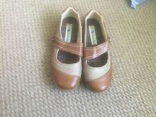 NATRELLE LADIES BROWN LEATHER PUMPS SIZE 7